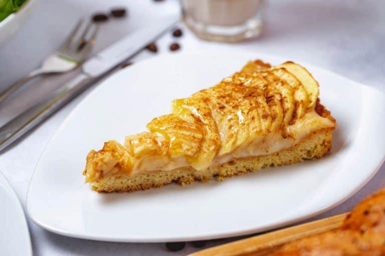 tarta de manzana en sarten